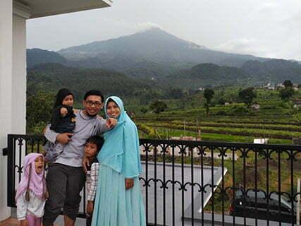 Puncak Gunung Welirang Pacet Mojokerto